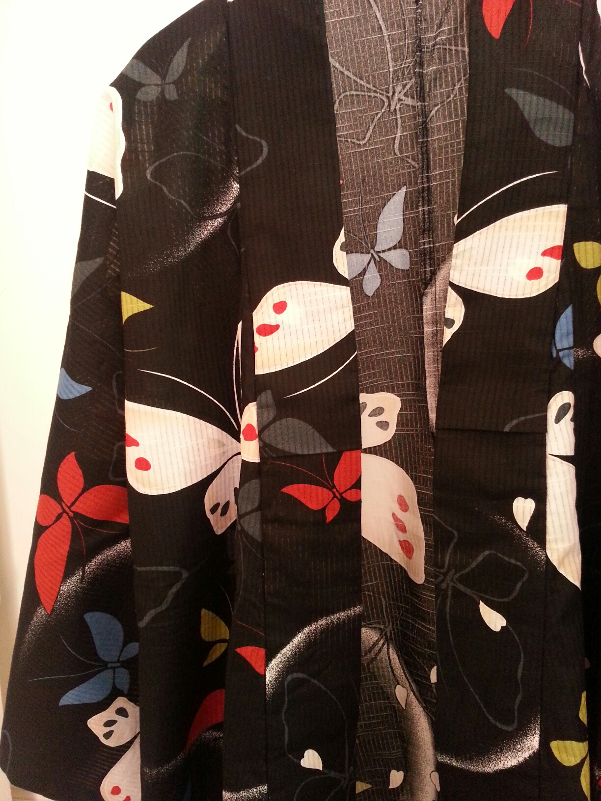 Transformer un yukata kimono afin de le porter tous les - Porter un corset tous les jours ...